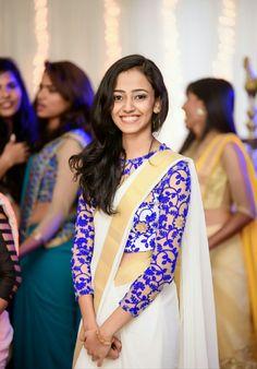 Indian Designer Bollywood Party Wear Wedding Embroidery Style Saree Sari T 07 Indian Attire, Indian Ethnic Wear, Saris, Indian Dresses, Indian Outfits, Indian Clothes, Onam Saree, Pakistan, Saree Jacket Designs