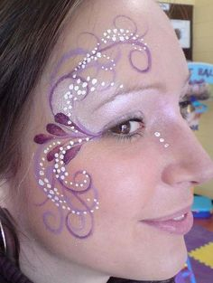 30 Cool Face Painting Ideas For Kids Purple Face Paint for Girl. Cool Face Painting Ideas For Kids, Eye Face Painting, Face Art, Body Painting, Face Paintings, Simple Face Painting, Easy Face Painting Designs, Princess Face Painting, Cool Face Paint, Art Faces