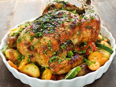 Easy one pan roasted chicken dinner Roast Chicken Dinner, Perfect Roast Chicken, Quick Easy Healthy Meals, Healthy Recipes, Ways To Cook Asparagus, Cooking Tips, Cooking Recipes, Cooking Food, Herb Roasted Chicken