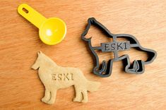 [61] Personalized dog cookie cutters from NameThatCookie at Etsy already offer a fair selection of breeds, and will add your dog's name!