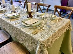 it's so easy to rent your table linens, overlays, table skirting, chair covers, sashes