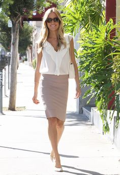 Kristin Cavallari heads to a meeting in West Hollywood on September 30. #celebrity #candids #kristincavallari #spotted #out #meeting #busy #business #errands #westhollywood #hollywood #la #thehills #lagunabeach #california #realitystar #designer #mom #beautiful #gorgeous #inspiration #rolemodel #cute #chic #style #fashion