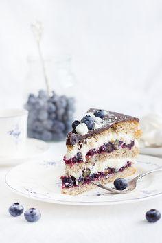 Blueberry Cream Cake - fancy-edibles.com