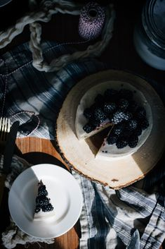 blackberryhazelnutcake-7 copy
