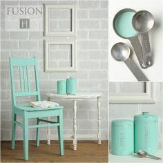 Laurentien is een heldere blauw-groene kleur, soms ook wel een pastel genoemd, maar daarvoor is het nét te intens.