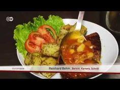Thunfischgericht mit Zwiebelgemüse und Maismehl