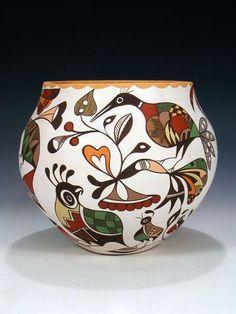 Acoma pueblo hand coiled pottety on Pueblo Direct site Ceramic Pottery, Pottery Art, Ceramic Art, Coiled Pottery, Thrown Pottery, Slab Pottery, Ceramic Bowls, Pottery Painting Designs, Pottery Designs