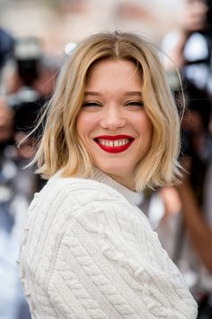 "Léa Seydoux – Photocall of the film ""Just the end of the world"" at the Festival … - Best New Hair Styles Hair Inspo, Hair Inspiration, Midi Hair, Lea Seydoux, French Beauty, Hair 2018, Pretty Hairstyles, New Hair, Blonde Hair"