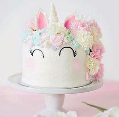 """10 Inspirações de """"bolo de unicórnio"""" para decorar a sua festa! - EuGosto.de"""