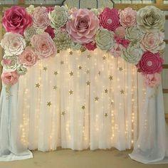 Belíssima inspiração! Imaginem esse cenário para o réveillon com flores brancas ou na cor da sua decor #festejandoemcasa #inspiracaofc Regranned from @itstheflowershower