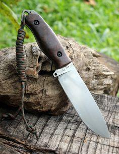 VCA Knives Fobos