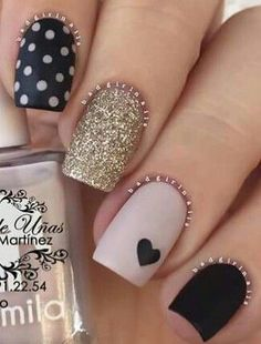 Swap the polka dot for black and thumb pink - Nails - Ongles Pink Nails, My Nails, Hair And Nails, Matte Nails, Acrylic Nails, Black Nails, Bright Gel Nails, Sparkle Nails, Coffin Nails