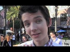 SDCC 2013 Interview: Gavin Hood, Bob Orci, Hailee Steinfeld & Asa Butterfield on Ender's Game