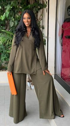 Classy Work Outfits, Classy Dress, Stylish Outfits, Fashion Outfits, Latest African Fashion Dresses, African Print Fashion, Moda Afro, Black Girl Fashion, African Dress