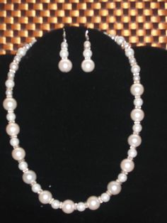 Hey, I found this really awesome Etsy listing at https://www.etsy.com/listing/100679813/handmade-bead-necklace-bridal-bead