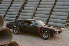 1968 Olds 4-4-2!!!! OHMYGOSH!!! This was my high school DREAM CAR!!!