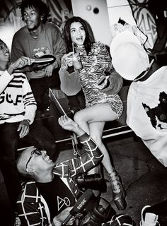 Life of the Party: Kendall Jenner by Mario Testino for Vogue January 2017 - Marc Jacobs