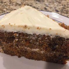 Carrot Cake Recipe Easy - Recipe Cupcake Frosting, Cupcake Cakes, Cupcakes, Raisin Recipes, Easy Carrot Cake, How To Make Frosting, Best Cake Recipes, Frostings, Cupcake