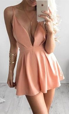 short homecoming dresses,sexy party dresses,simple homecoming dresses,homecoming dresses for teens #Accessoriesteenssimple #dressforteenscasual
