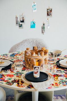 """Plenty of creative tablescape Ideas on The Jungalow. Click the """"Entertain"""" section on the blog! Enjoy"""