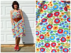 1970s Vintage Handmade White Sack Tent Dress Sleeveless with Pockets Pop Art Flowers Red Blue Yellow Poppies M/L