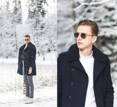 Get this look: http://lb.nu/look/8039900  More looks by Oliver Lips: http://lb.nu/oliverlips  Items in this look:  Garrett Leight Sunglasses, The Kooples Coat   #chic #classic #elegant