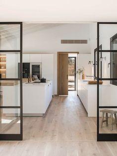 8 Beautiful Clever Hacks: Minimalist Bedroom Wood Small Spaces minimalist home interior dreams.Minimalist Living Room Design Colour Schemes minimalist home plans ideas. Sweet Home, Spanish House, Spanish Kitchen, Küchen Design, Design Ideas, Slow Design, Design Hotel, Nordic Design, Modern Design