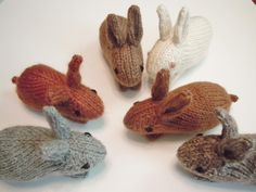 FREE rabbit knitting pattern - Henry's Bunny. These little guys will hop right off your needles in no time at all. Knit in the round, they are made entirely in one piece except for the legs, which are seamed to the bottom. Designed to be the baby for my Henry's Rabbit pattern.