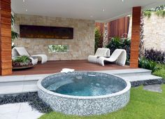 The History of Jacuzzi Outdoor Refuted Some Jacuzzi bathtubs have the capacity to run even when there's no water in the tub. Deciding upon a Jacuzzi bathtub on a normal bathtub has its benefits and disadvantages. Pools For Small Yards, Small Swimming Pools, Small Backyard Pools, Swimming Pools Backyard, Swimming Pool Designs, Pool Landscaping, Indoor Pools, Landscaping Design, Pool Decks