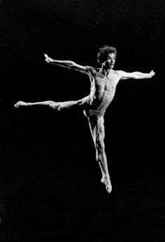Rudolf Nureyev photographed by Francette Levieux