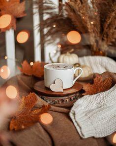 Shared by Cᴇʟᴇsᴛᴇ ฅ^ Autumn Coffee, Autumn Cozy, Coffee Love, Coffee Art, Coffee Break, Autumn Aesthetic, Cozy Aesthetic, Orange Aesthetic, Coffee Photos