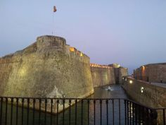 Foso navegable, Las Murallas Reales de Ceuta