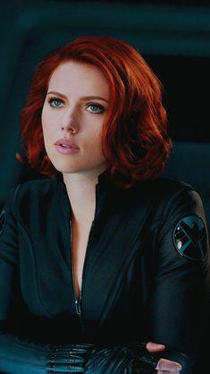 Scarlett Johansson has been most influential woman in Hollywood. Black Widow Scarlett, Black Widow Natasha, Heros Comics, Marvel Heroes, Mcu Marvel, Marvel Women, Marvel Girls, Avengers Black Widow, Avengers 2012