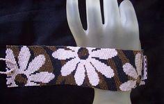 Crazy Daisy  Peyote Bracelet Cuff Pattern by FUNPATTERNDESIGNS, $6.50
