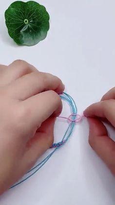 Diy Crafts For Girls, Diy Crafts To Do, Diy Crafts Hacks, Diy Crafts Jewelry, Bracelet Crafts, Diys, Diy Friendship Bracelets Tutorial, Diy Bracelets Easy, Bracelet Tutorial