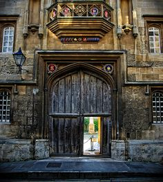 Corpus Christi College, Oxford, UK. - Oh, I do miss this doorway desperately. -