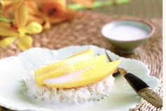 Slices of sweet mango make this famous sweet and sticky rice dessert from the north of Thailand an absolute delight.