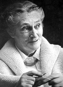 Elizabeth Zimmermann knitting teacher, designer, author.jpg Continental, European or German knitting style