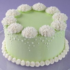 The plush look of Shaggy Mums adds wonderful texture to a basic iced cake.