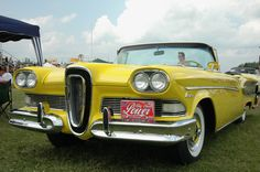This piece of crap was the Edsel Ford. It was hubris as its worst. The Edsel was… This piece of crap was the Edsel Ford. It was hubris as its… Edsel Ford, Car Ford, Ford Fairlane, Porsche 911 Targa, Ford Motor Company, Vintage Cars, Antique Cars, Vintage Auto, Convertible