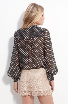 lace+polka dot