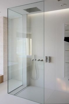 Clean and minimal bathroom designed by Katarzyna Kraszewska. Love the hardware free glass shower enclosure. Minimal Bathroom, Modern Bathroom Design, Bathroom Interior, Bathroom Designs, Bath Design, Bathroom Ideas, Bathroom Renovations, Shower Designs, Modern Bathrooms