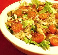 O Meu Tempero: Salada De Frango Com Croutons