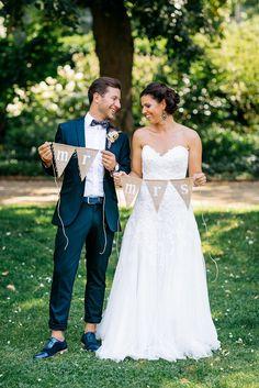 Spot our bow tie in a Swedish wedding :) #bowtieandcotton #wedding Wundervolle Boho Hochzeit mit liebevoller DIY Deko von Julia Hofmann | Hochzeitsblog - The Little Wedding Corner