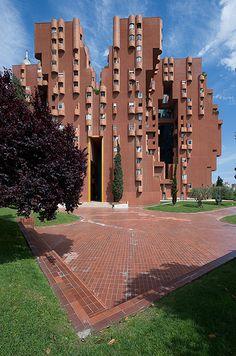 Walden 7, Sant Just Desvern, Catalunya