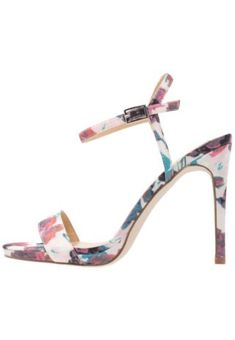 New Look SUCCINCT High heeled sandals pink | Eeseeagans Online on WeShop Pink Sale, Topshop, New Look, Heels, Heeled Sandals, Footwear, Leather, Interior, Fashion