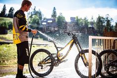 einerundesache:  Kenny Smiths new ride. Pic by Margus Riga. - http://mountain-bike-review.net/einerundesachekenny-smiths-new-ride-pic-by-margus-riga/ #mountainbike #mountain biking
