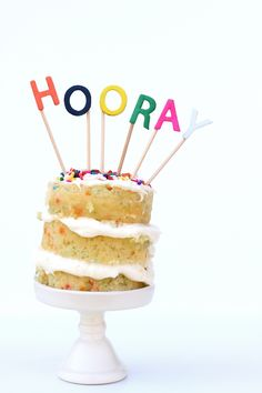 DIY:+Easy+Alphabet+Cake+Toppers+by+melanieblodgett+for+Julep