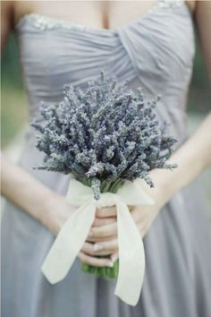 dried lavender wedding bouquet | 5 eco-friendly wedding flower ideas | http://www.mywedding.com/articles/5-easy-eco-friendly-wedding-flower-ideas/