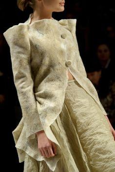 Эскизы - коллекция Кати Пшеченко весна-лето 2011 Felt jacket and muslin skirt by Katya Pshechenko